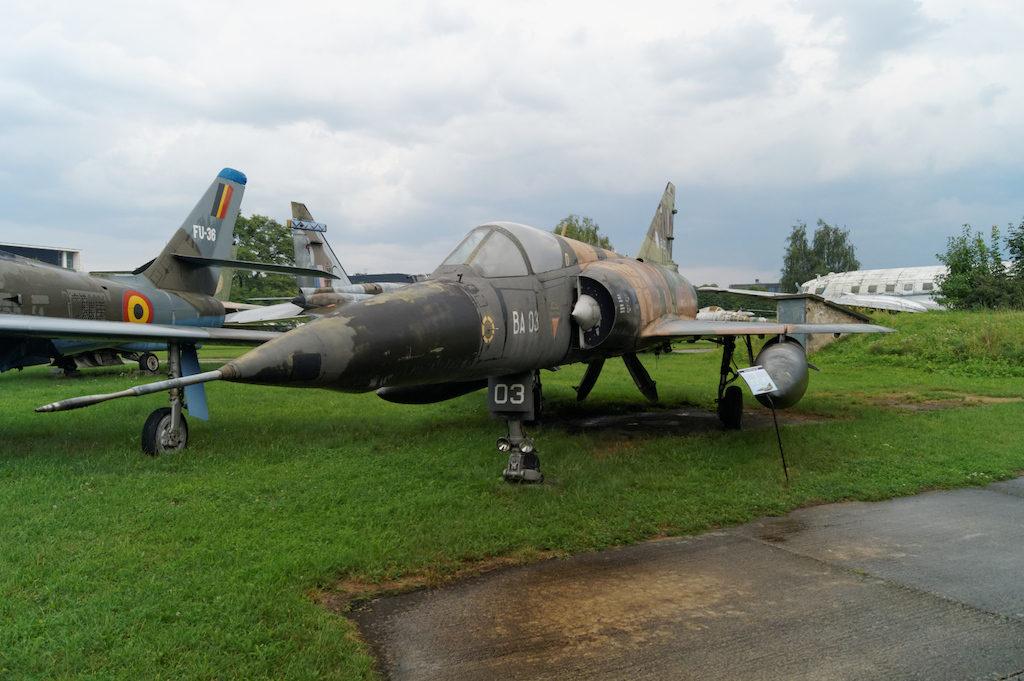 Francuski samolot Dassault Mirage 5 BA