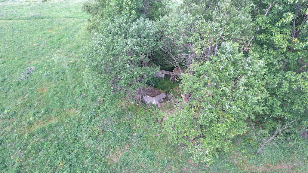 Ten sam schron widok z drona – Foto: Michał Jabłoński
