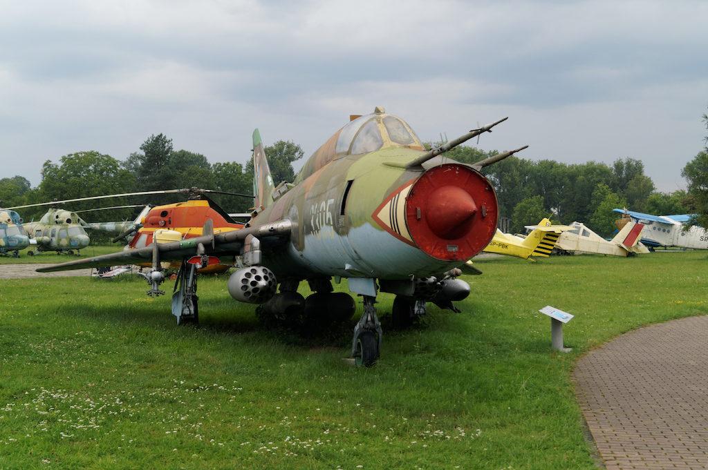 Samolot myśliwsko-bombowy Su-22 M4