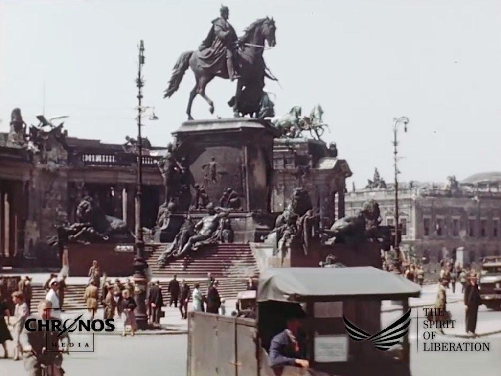 Dziś już nieistniejący Narodowy Pomnik Cesarza Wilhelma I (Kaiser-Wilhelm-Nationaldenkmal) – Żródło: YouTube / chronoshistory