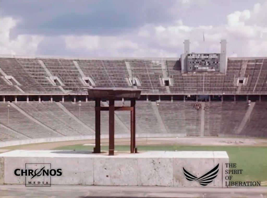 Stadion olimpijski, na którym w 1936 roku odbywała się słynna olimpiada – Żródło: YouTube / chronoshistory