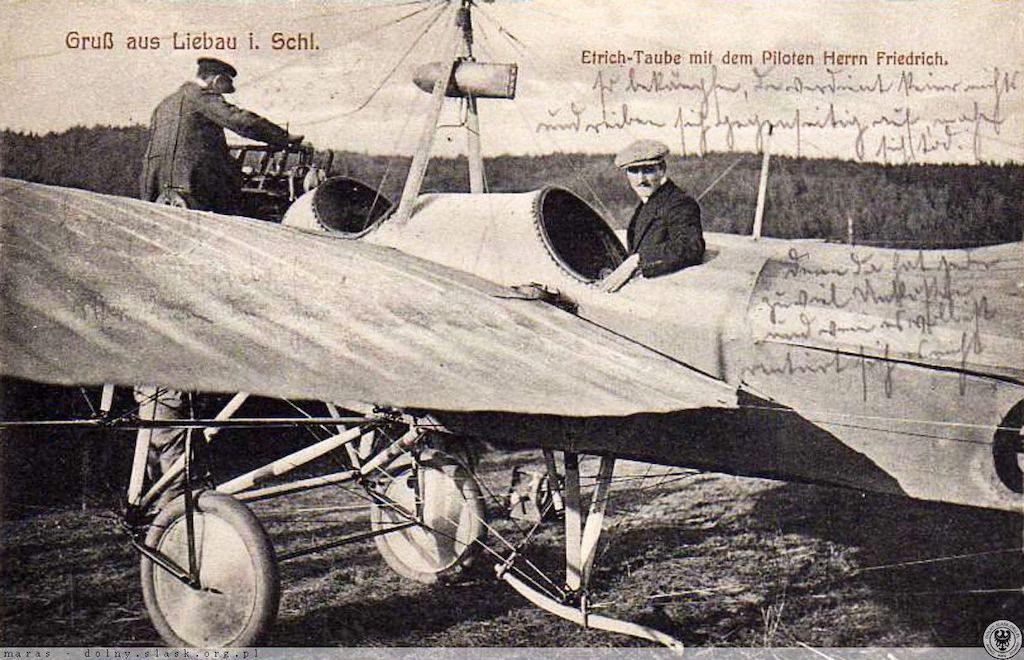 Samolot Etrich II Taube na lądowisku w Lubawce – Źródło: polska-org.pl