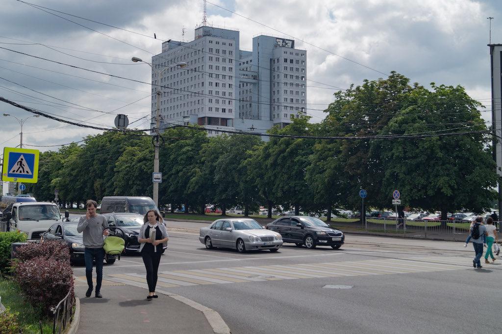 Samochody poruszające się po drogach obwodu kaliningradzkiego raczej nie odbiegają od europejskich standardów
