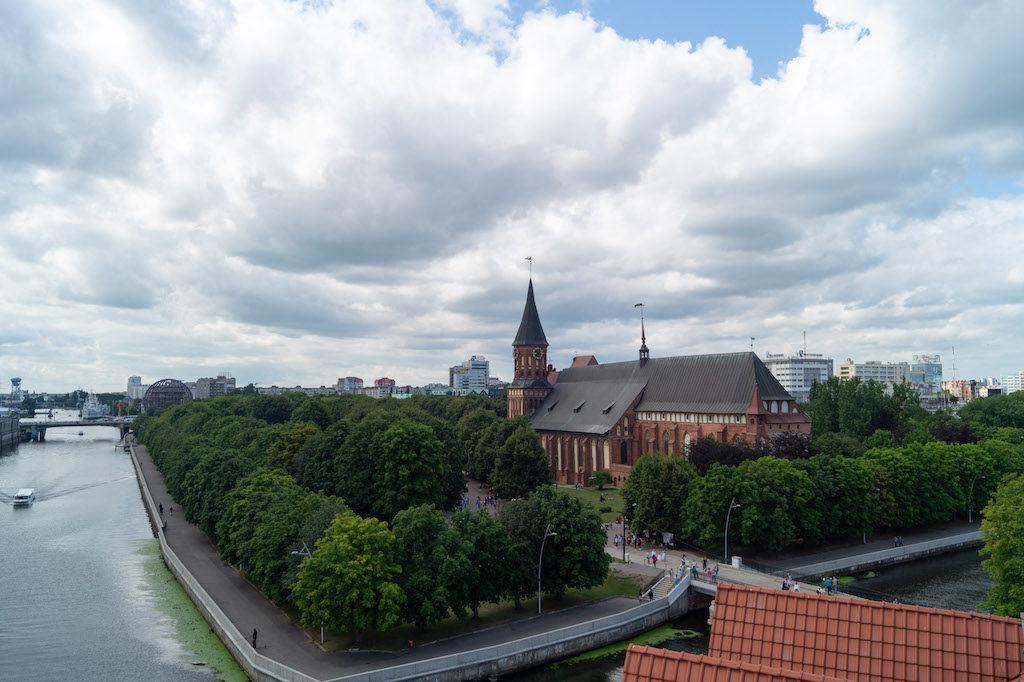 Kaliningrad położony jest nad rzeką Pregoła