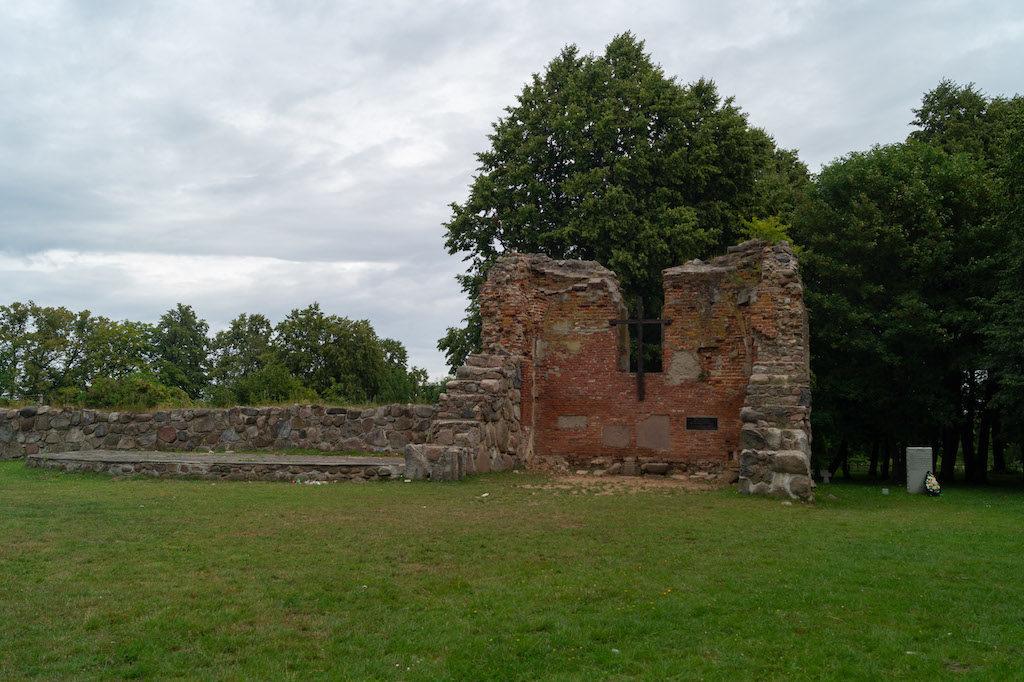 Ruiny kościoła w Germau, dziś już Russkoje