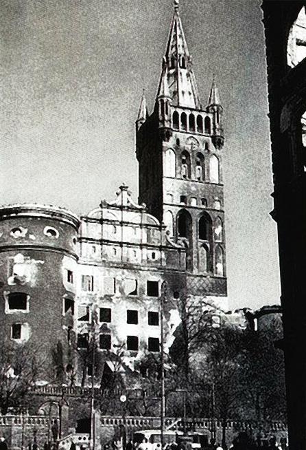 Zniszczony zamek w 1944 roku