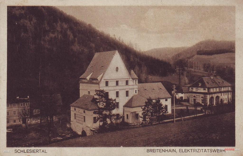 Budynek elektrowni wodnej w Lubachowie na przedwojennej pocztówce – Źródło: fotopolska.eu