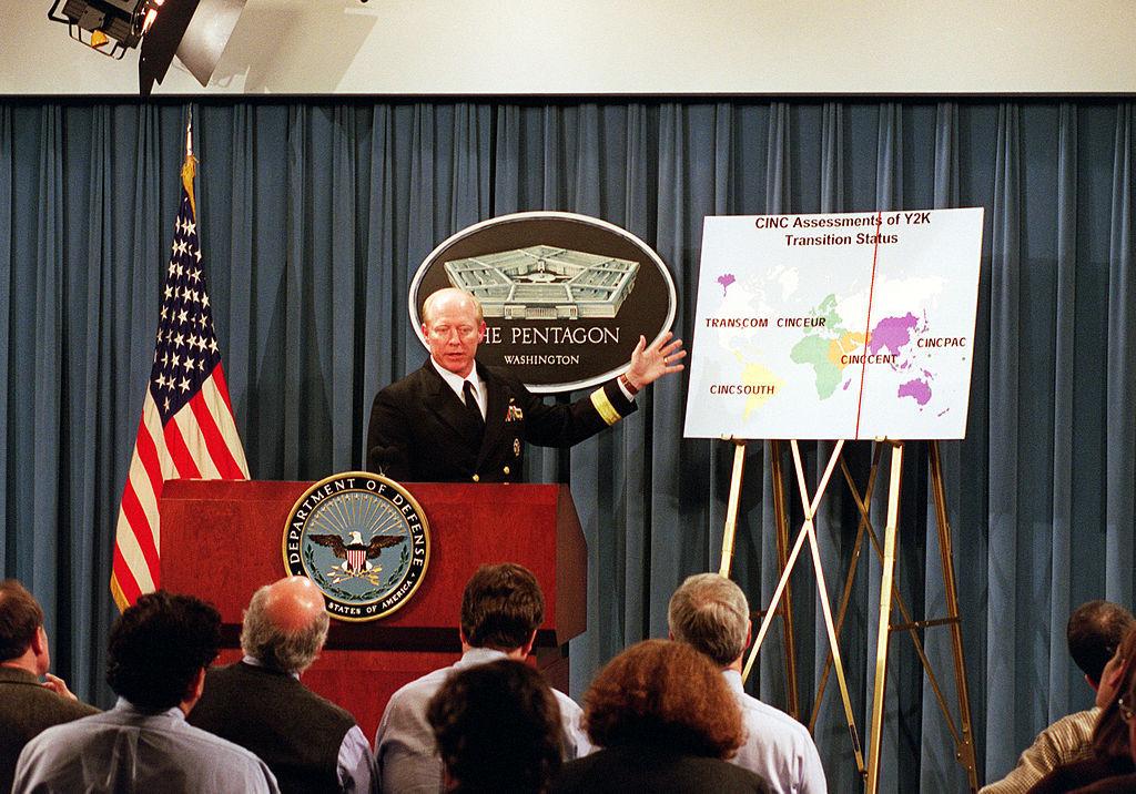 Problemem roku 2000 zainteresował się również amerykański Pentagon – Foto: Helene C. Stikkel Źródło: U.S. Department of Defence