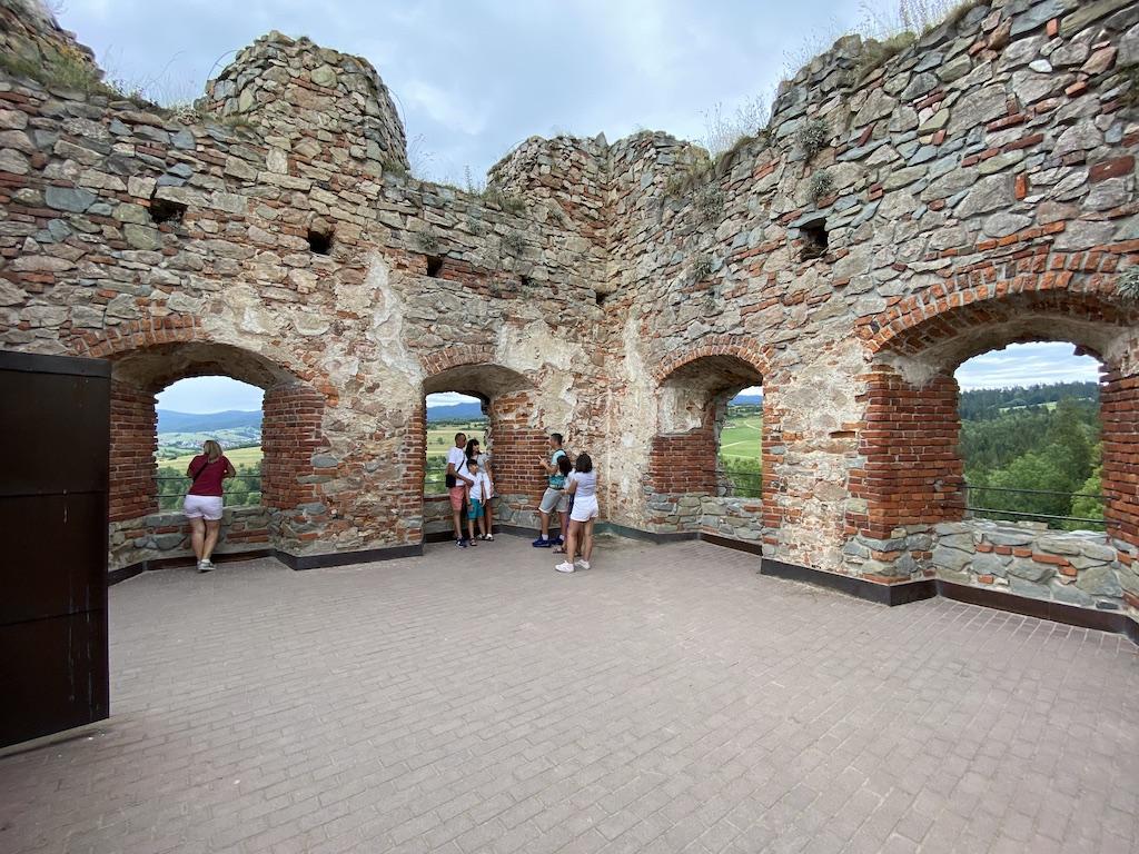 Ruiny domu mieszkalnego zamku górnego