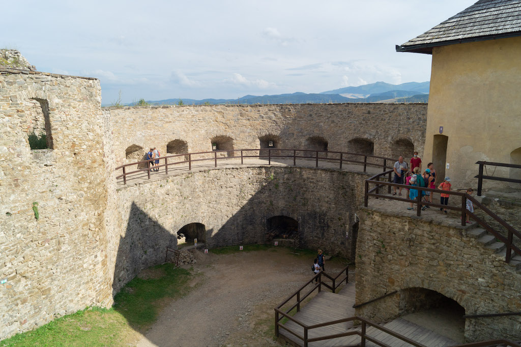 Przebudowana baszta renesansowa (rondel)