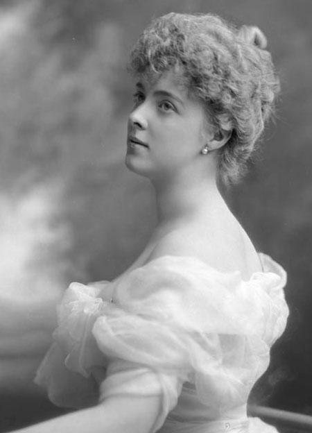 Daisy von Pless (1873–1943) – arystokratka