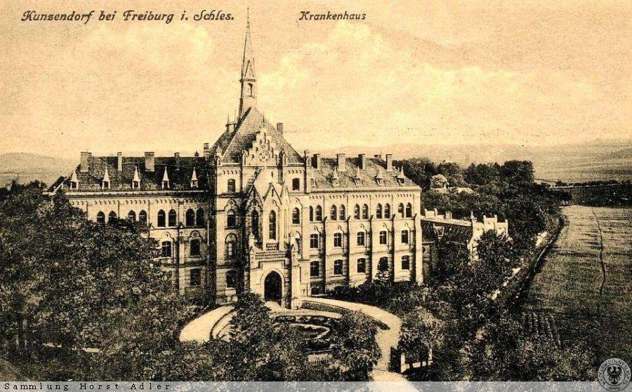"""Mokrzeszowski """"pałac"""" opisany jako Krankenhaus, czyli... (pierwsza połowa XX wieku) – Źródło: polska-org.pl"""