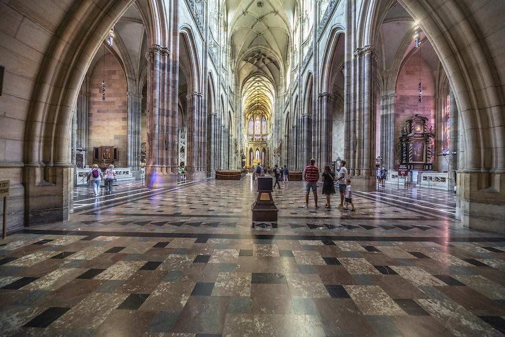Wnętrze katedry