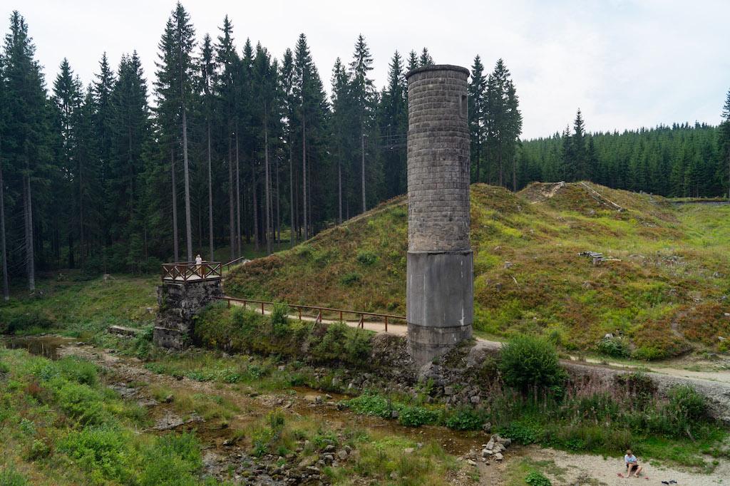 Sztolnia i wieża zasuwowa